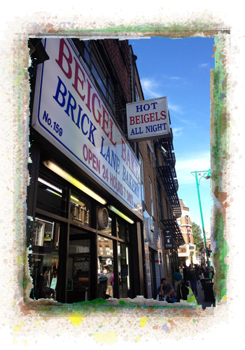 "Bagel Bake - אחד משתי חנויות בייגל ""יהודיות"" בבריק ליין"